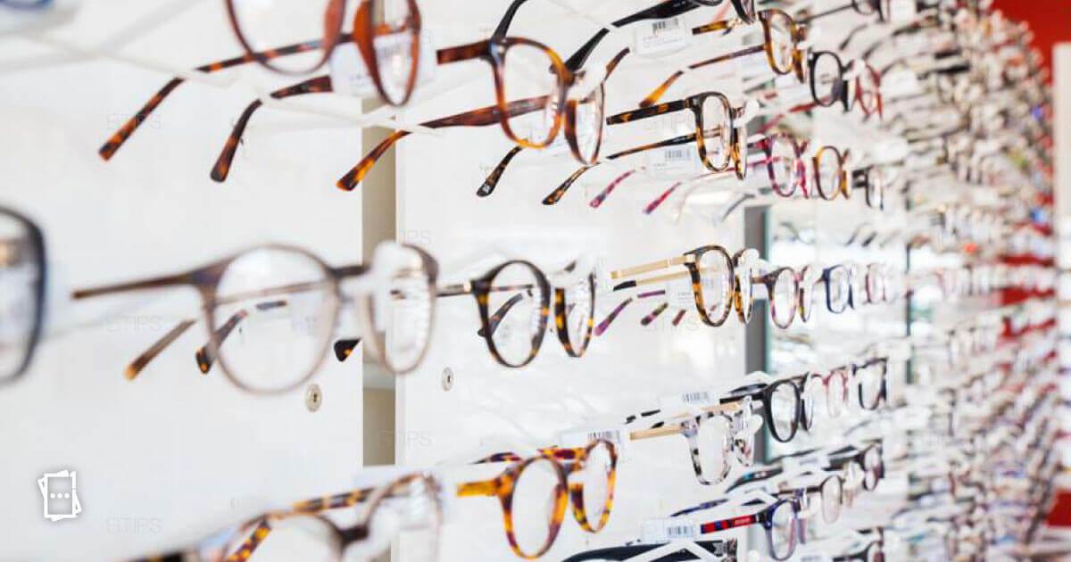 Acquistando un paio di occhiali con lenti antiriflesso, il secondo è GRATIS.